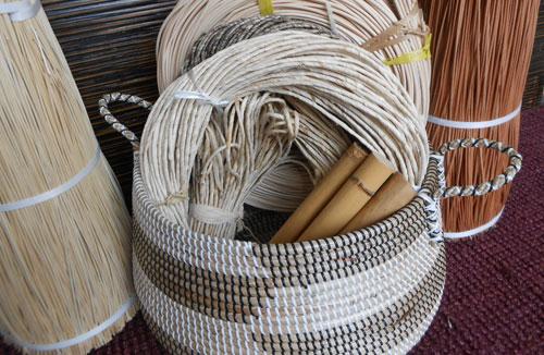 Materie prime: giunco,bambu,rattan,midollino,vimini da Giunco Casa